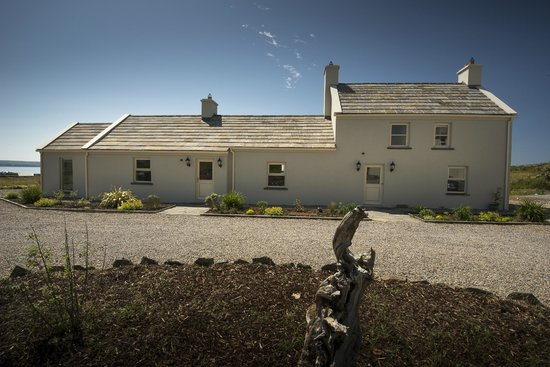 The Cliffs of Moher Retreat: Moher Lodge