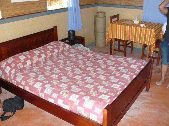 Hotel Safari Vezo Anakao: Simple et propre