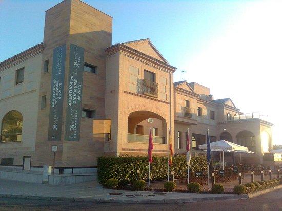 Hotel La Bastida: Outside View