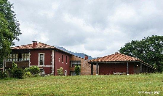 Hotel Rural Coviella: Hotel vista general