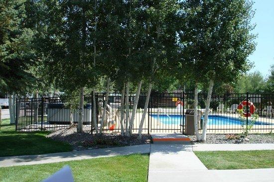 Montrose KOA : Swimming pool