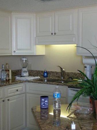 Phoenix III: remodeled kitchen :)
