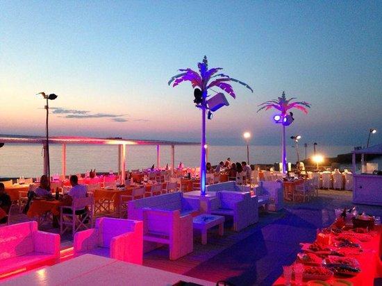Cattolica, Italia: NUOVO BIKI MALINDI BEACH CAFE' TRAMONTO