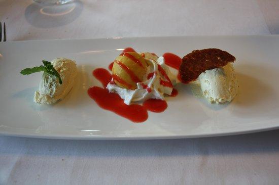 Select Hotel Apple Park Maastricht : ons dessert bij het 3-gangen menu