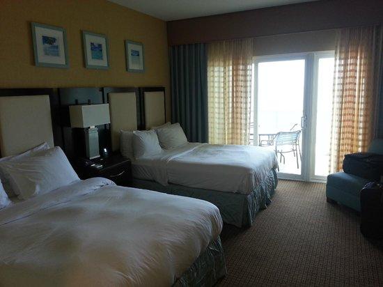 Hilton Suites Ocean City Oceanfront: Bedroom