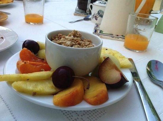 casa rosada: Delicious and healthy breakfast