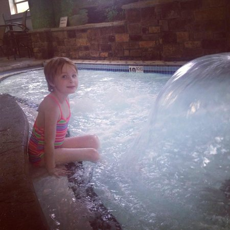 Comfort Suites Lake George: The wading pool for little ones