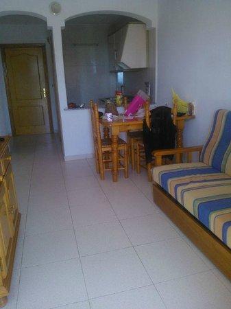Apartamentos Primavera Loix: Comedor