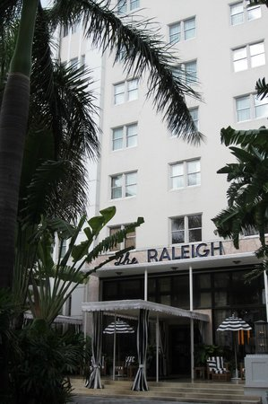 The Raleigh Miami Beach: The Raleigh