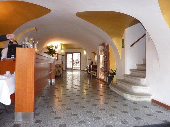 Hotel Bellevue: Lobby