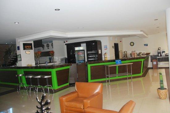 Hotel Acqua Medellin: Restaurante - Bar