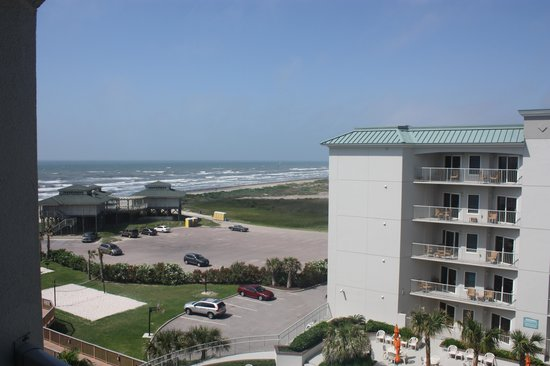 Holiday Inn Club Vacations Galveston Beach Resort: View from our balcony