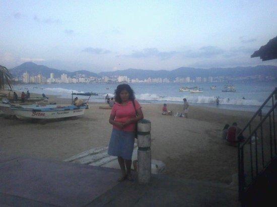 Playa Tamarindos y bahia