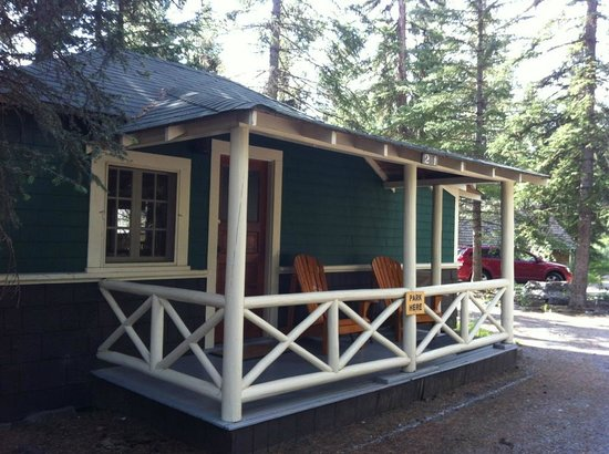 Johnston Canyon Resort: Cabin # 21