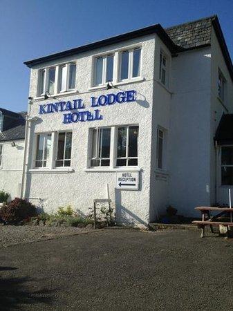 Kintail Lodge: outside