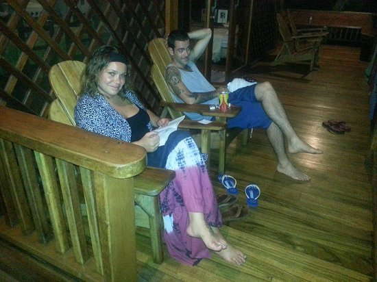 Casa Las Brisas: Relaxing on the deck