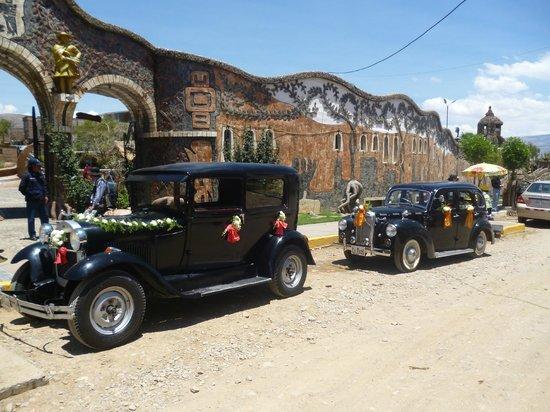 Parque de la Identidad Wanka: Wedding cars at the Park Entrance, October 2012