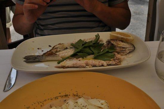 Antica Osteria Il Baretto: Baked sea bass