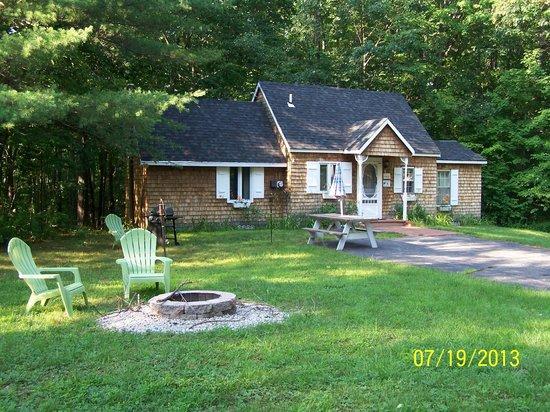 Sky Valley Motel & Cottages: Cottage 8