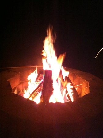 Sky Valley Motel & Cottages: Fire Pit