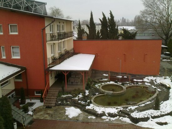 Szonyi Hotel: D:\Pictures\OUT.24--ENSLAVED-2013\30032013524.jpg