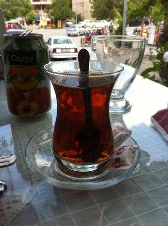 Firin Express: O Chá, sem ele não tem uma boa refeição.