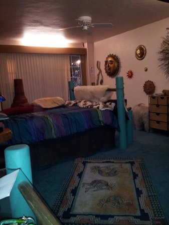 Wikiup Bed and Breakfast: Pueblo Dreamcatcher room