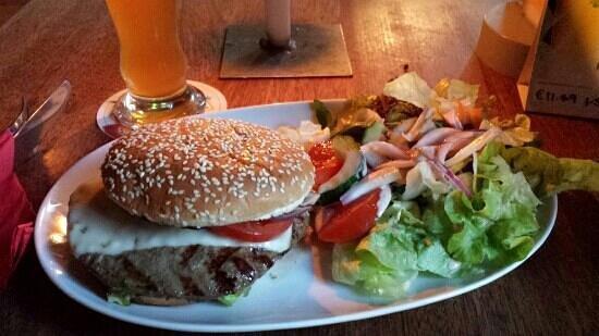 DOWNUNDER: Bisonburger