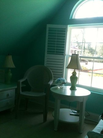 The Sleeping Duck Bed and Breakfast: Blue Wing Teal Room