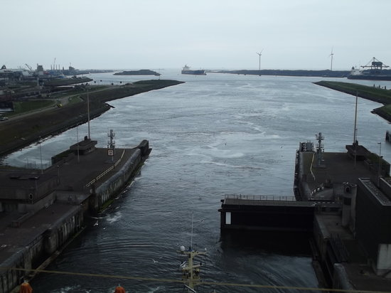 Ijmuiden, Holandia: sea locks