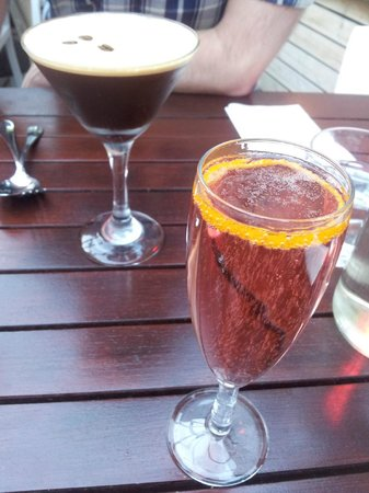 The Ginger Pig : espresso martini and a sparkling cocktail
