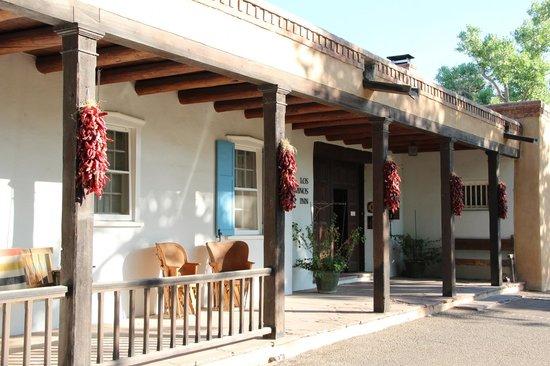 Los Poblanos Historic Inn & Organic Farm: Front of the main building