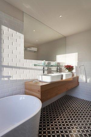 Shenkin Hotel: Studio room Bathroom