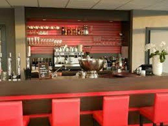 restaurant le bestial dans strasbourg avec cuisine autres cuisines. Black Bedroom Furniture Sets. Home Design Ideas