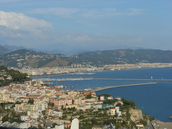View from Le Vigne di Raito of the town, Vietri sul Mare