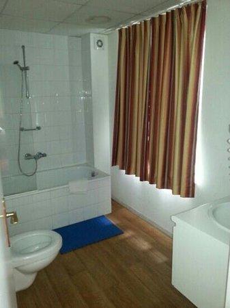 Hotel Albert II: salke de bains