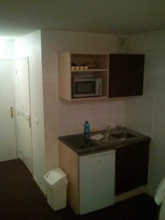 Adagio Access Clamart : Kitchen