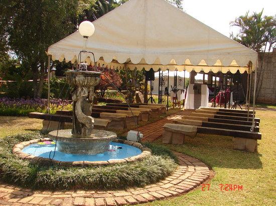 Panorama Guest Farm: OUTDOOR WEDDING VENUE