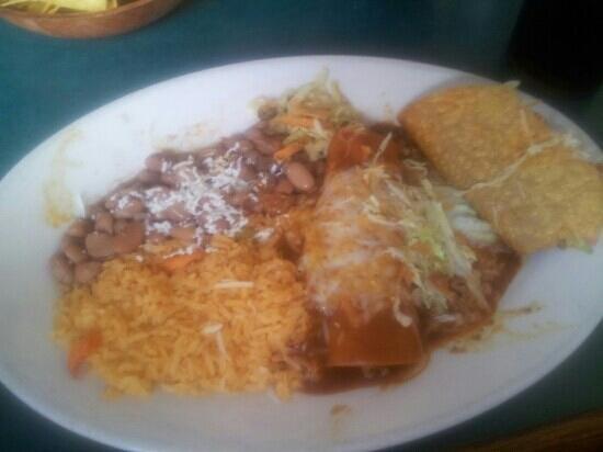 Azteca Mexican Restaurant: lunch combo taco & enchilada