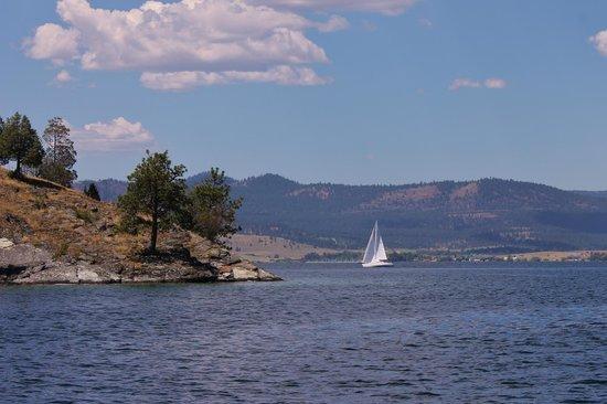 Flathead Lake State Park: Sailboats have plenty of room on this lake