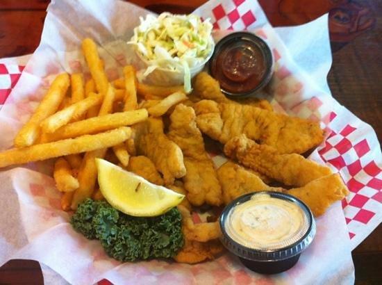 New England Fish Market & Restaurant: fish & chips.