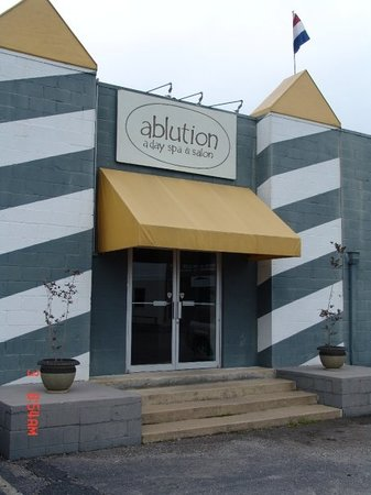 ‪Ablution Day Spa‬