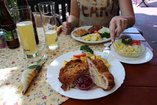 Gasthaus Restaurant Buzihütte: Buzihutte