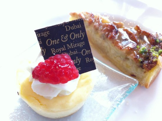 Residence & Spa at One&Only Royal Mirage Dubai: Afternoon tea pastries