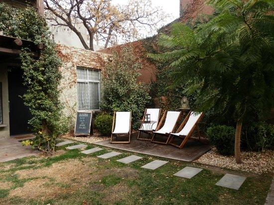 Casa Lila: Jardin
