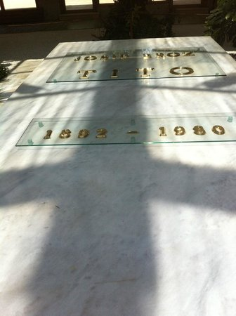Josip Broz Tito Mausoleum: the tomb