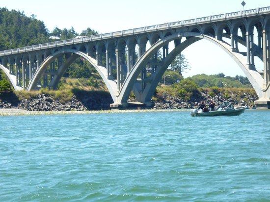 Jot's Resort : the bridge