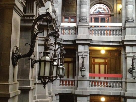 Museo Nacional de Artes: MUNAL por dentro.