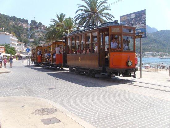 SENTIDO Porto Soller: Tram