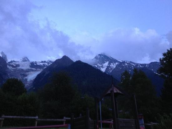 Mercure Chamonix Les Bossons: view from playground